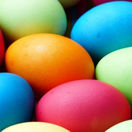 Vibrant colours for Easter eggs