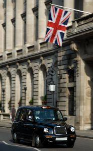 370px-london_black_cab_-_april_2007