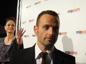 Rick Grimes (Andrew Lincoln), the one on the left. Dunno who the dude on the right is.