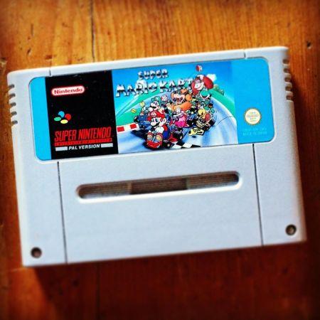 Super Mario Kart on the SNES cartridge