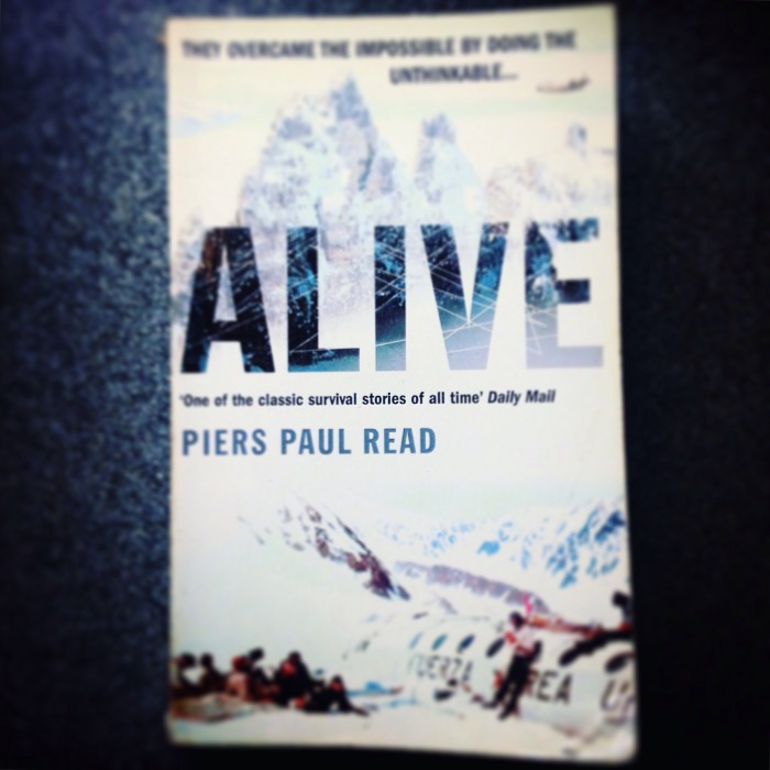 Alive - The Andes Plane Crash by Piers Paul Read