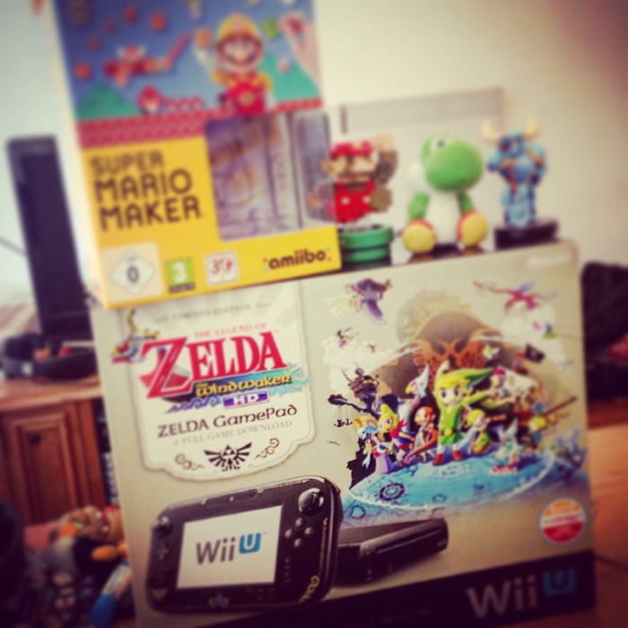 Wii U box with the Zelda: Wind Waker bundle and amiibo