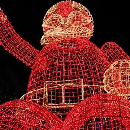 Santa Claus Column