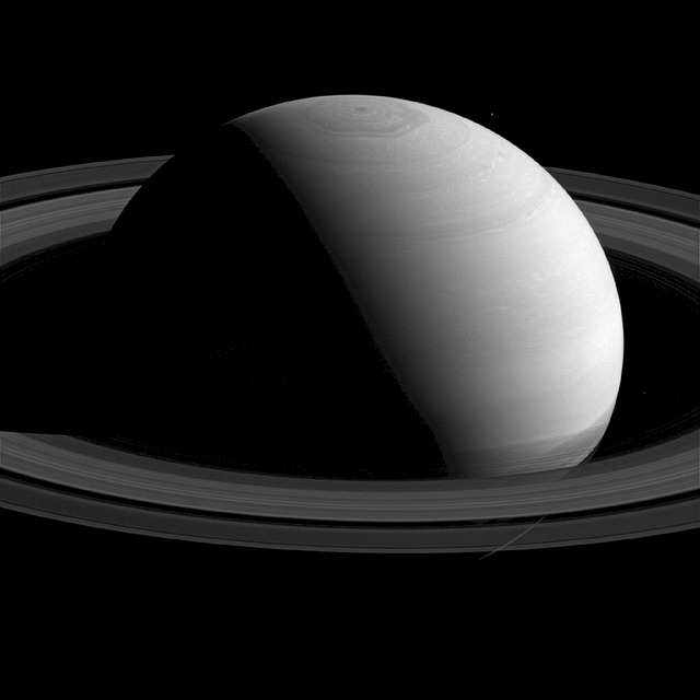 Saturn Travel Guide 2017