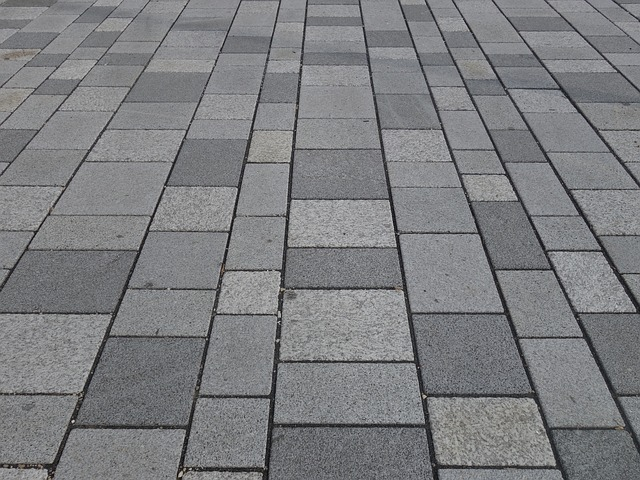 Pavements and sidewalks - the difference