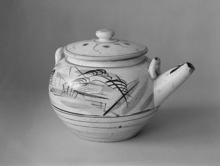 Mingei type teapot