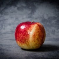 Eating Apples at Work: Why it's Disgusting & we Hate You For it