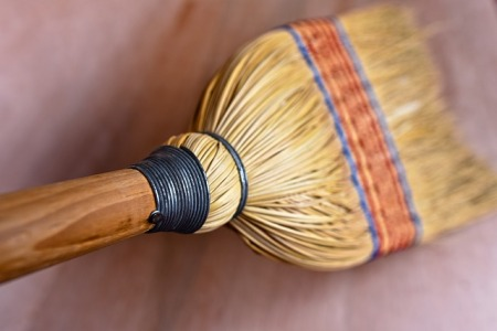 Straw sweep
