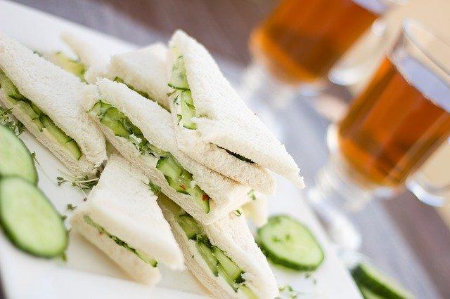 Cucumber sandwich with white bread.