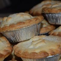 Mince Pies: Christmas Desserts Served in Foil Cases